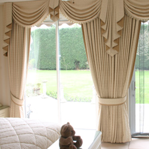 residential-curtains-swags